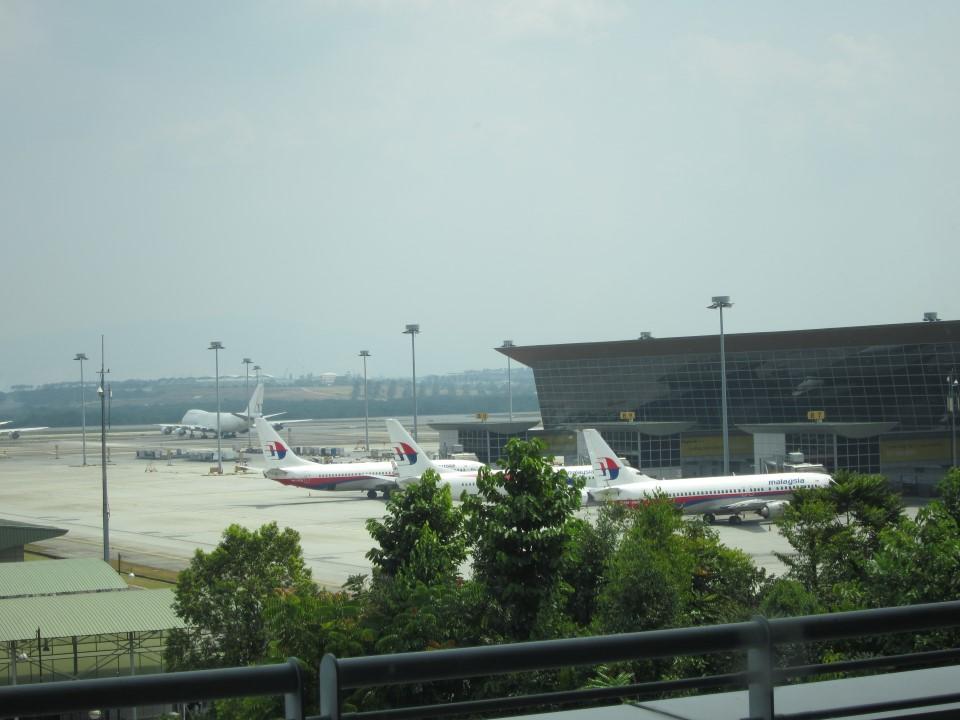 Перрон аэропорта Куала-Лумпур