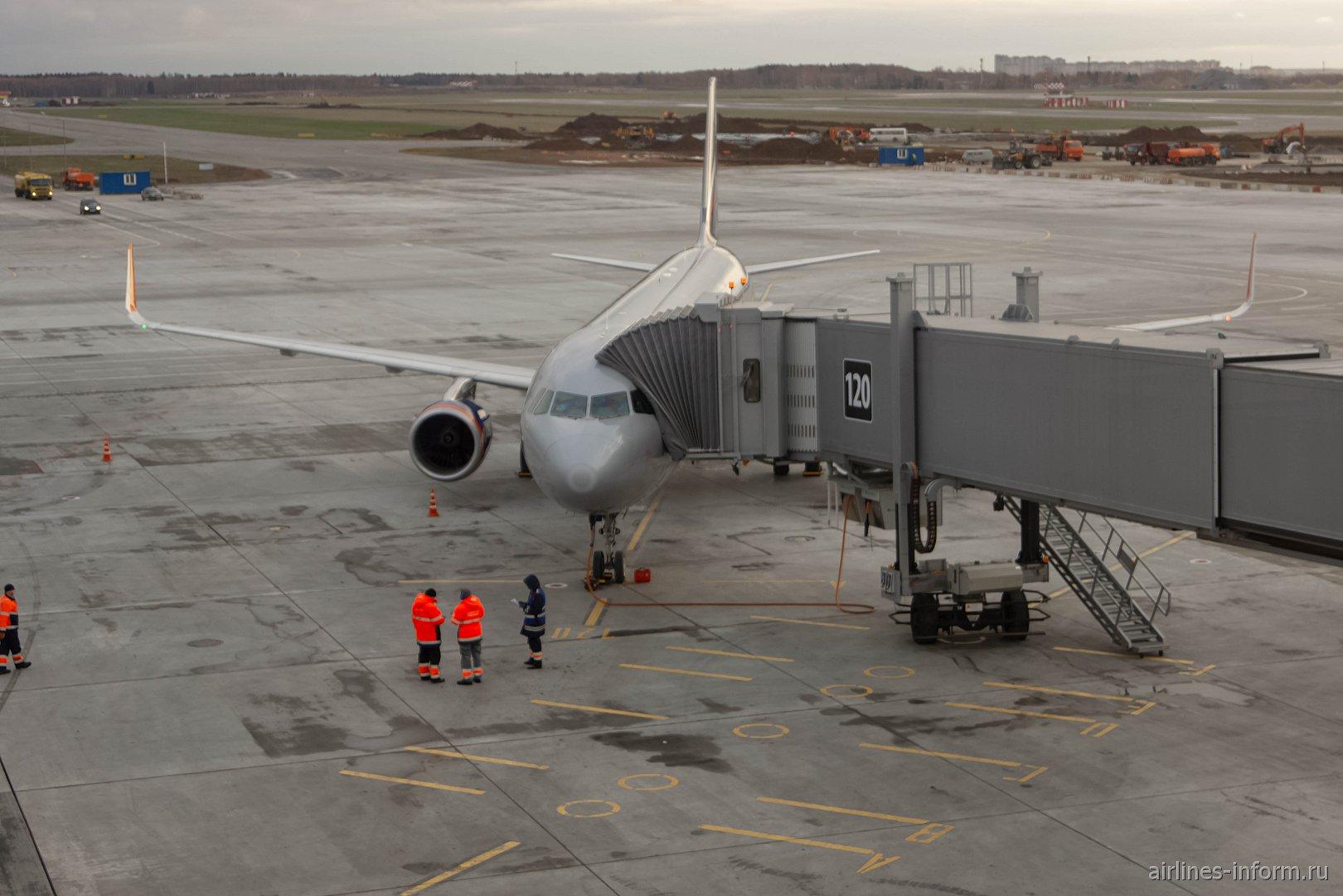Новый Терминал B Шереметьево. Москва - Санкт-Петербург SU14 на A321SL Аэрофлота