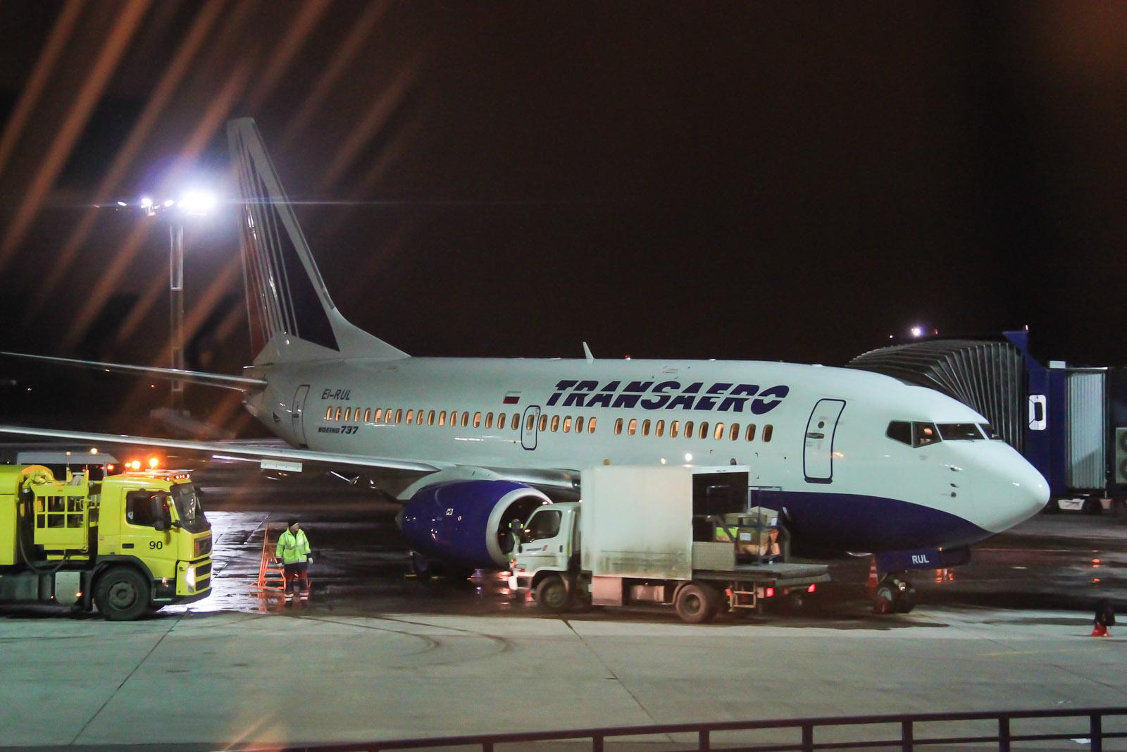 Boeing 737-700 EI-RUL авиакомпании Трансаэро в аэропорту Домодедово