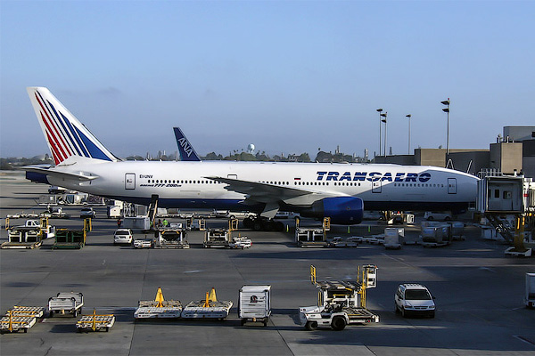 Transaero: Moscow to Los Angeles and Back on a Pair of Boeing 777s