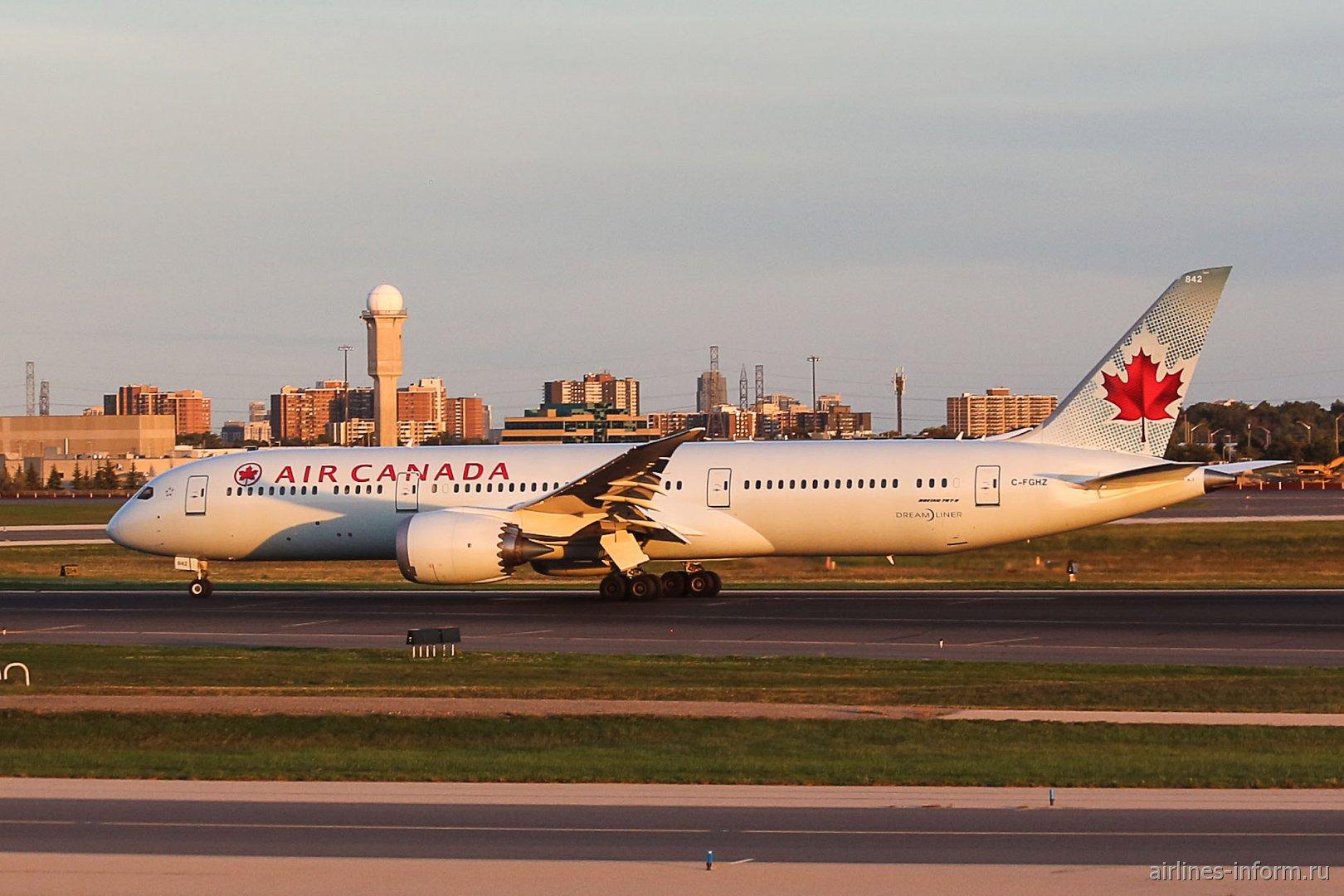 Boeing 787-9 C-FGHZ авиакомпании Air Canada в аэропорту Торонто Пирсон