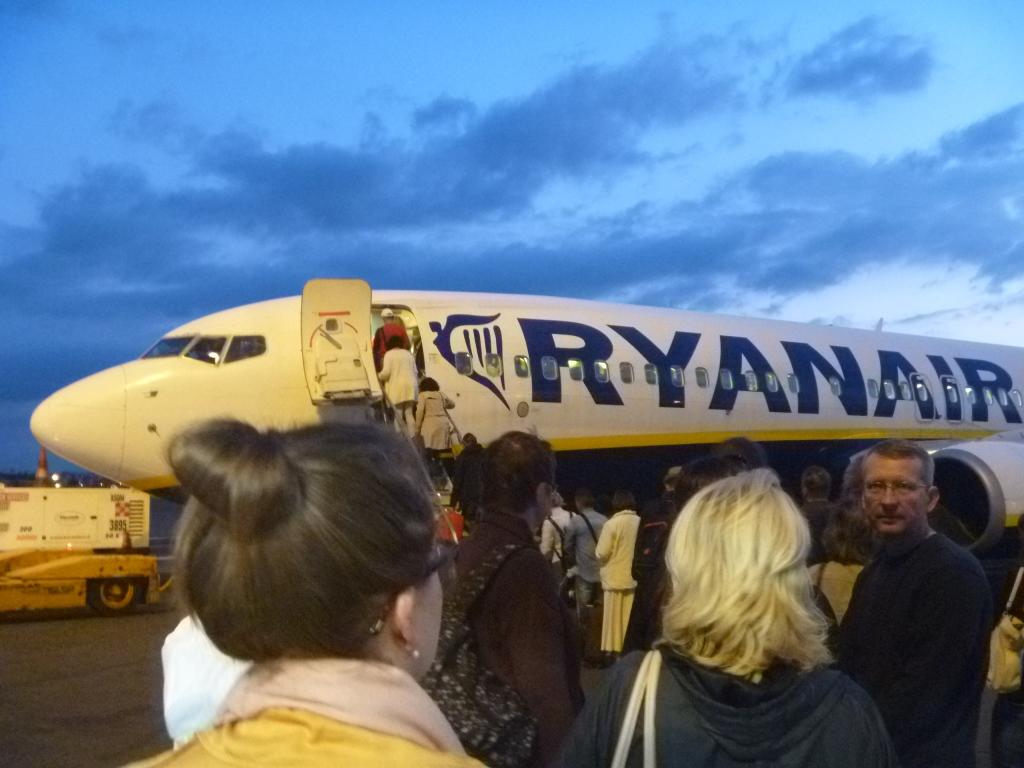 Путешествие по Европе. Часть 6. Рим (CIA)-Братислава на B738 Ryanair.
