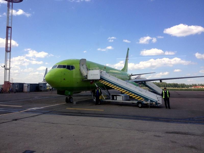 Боинг-737-800 S7 Airlines в аэропорту Домодедово