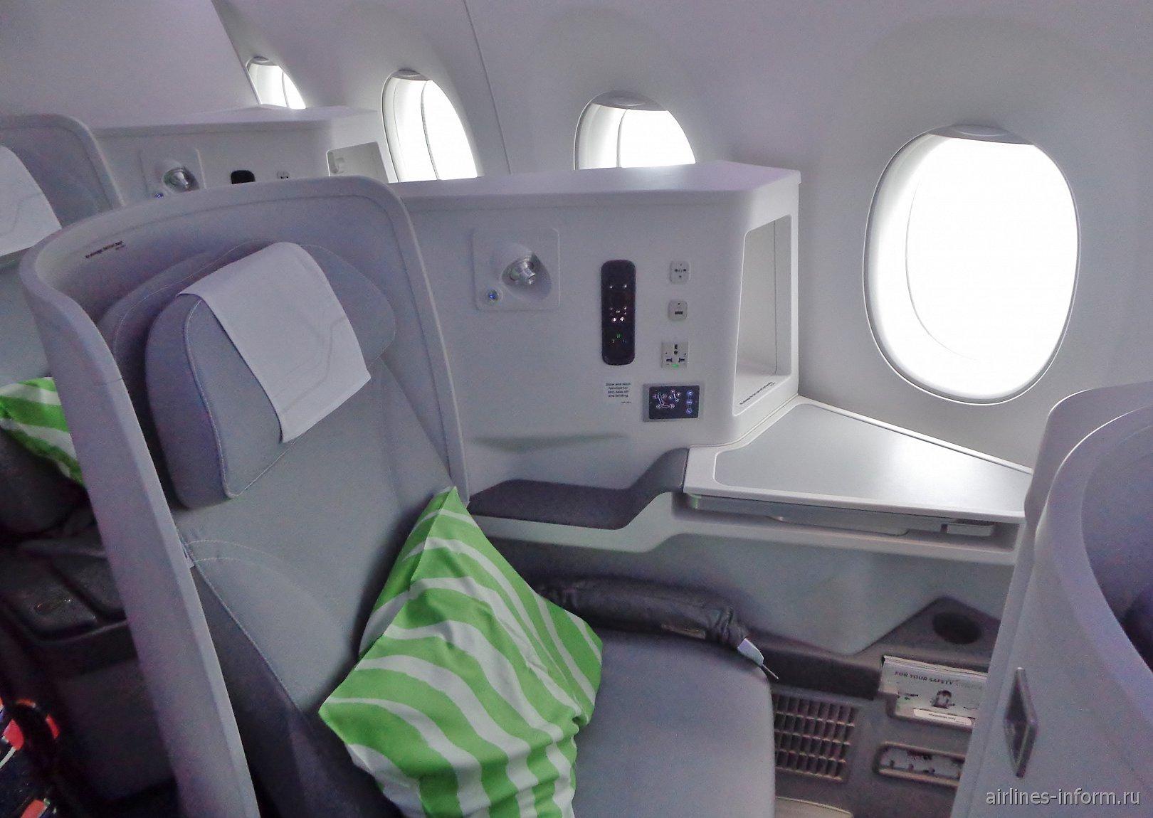 Место пассажира бизнес-класса в самолете Airbus A350-900 авиакомпании Finnair