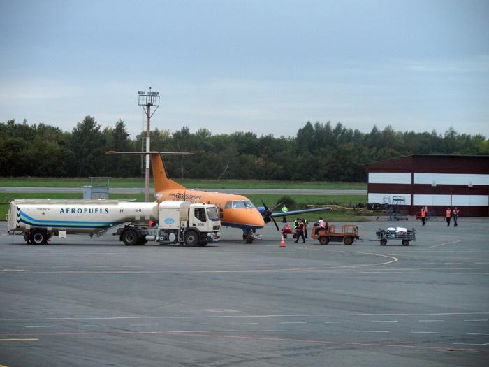 Эмбраер-120 Руслайна в аэропорту Уфы