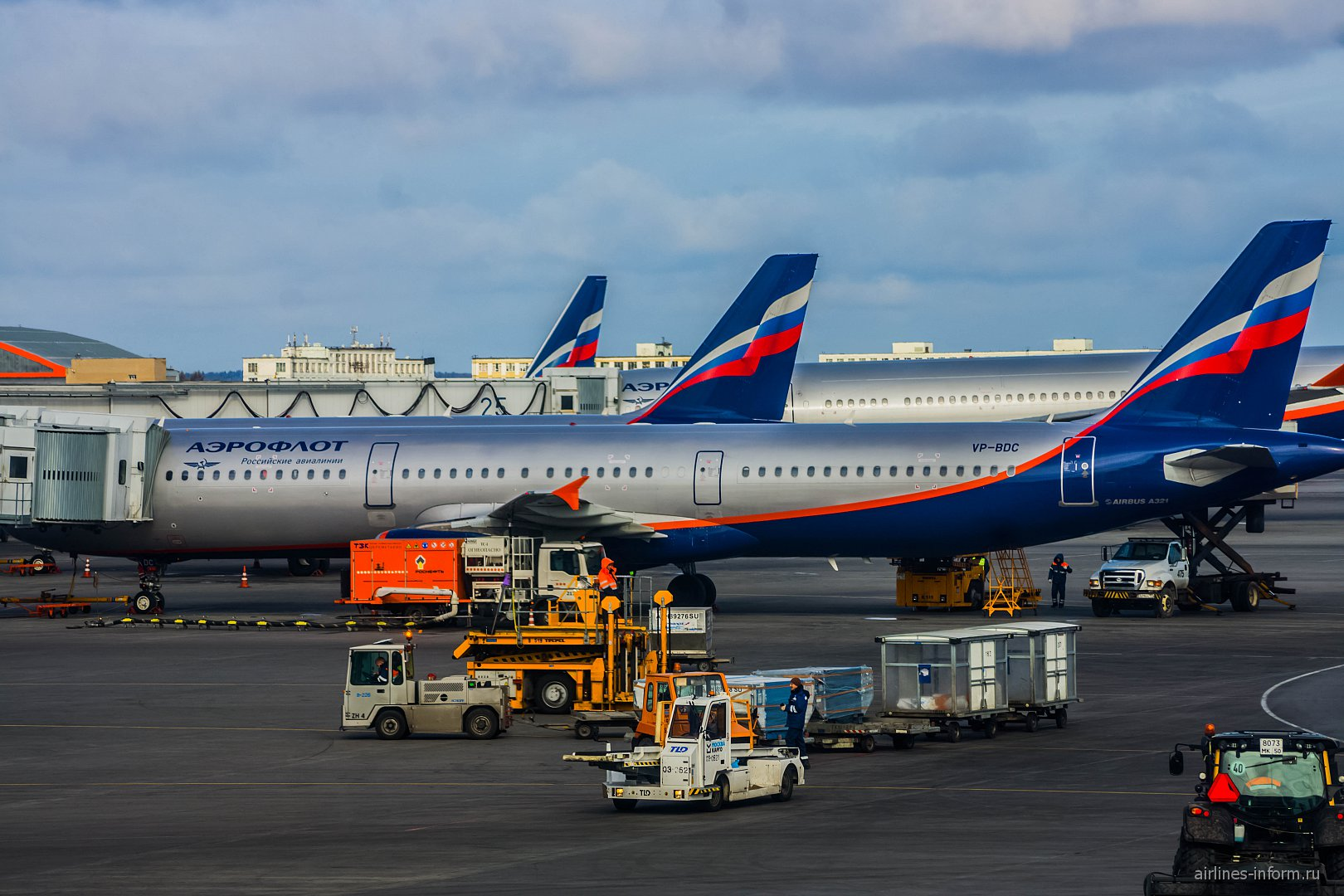 """Airbus A321 VP-BDC """"В. Алекссев"""" в аэропорту Шереметьево"""
