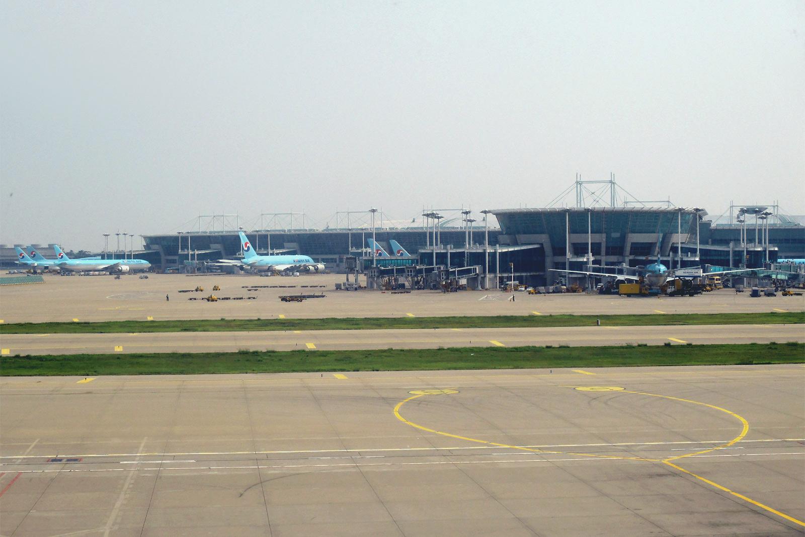 Основной пассажирский терминал аэропорта Сеул Инчхон