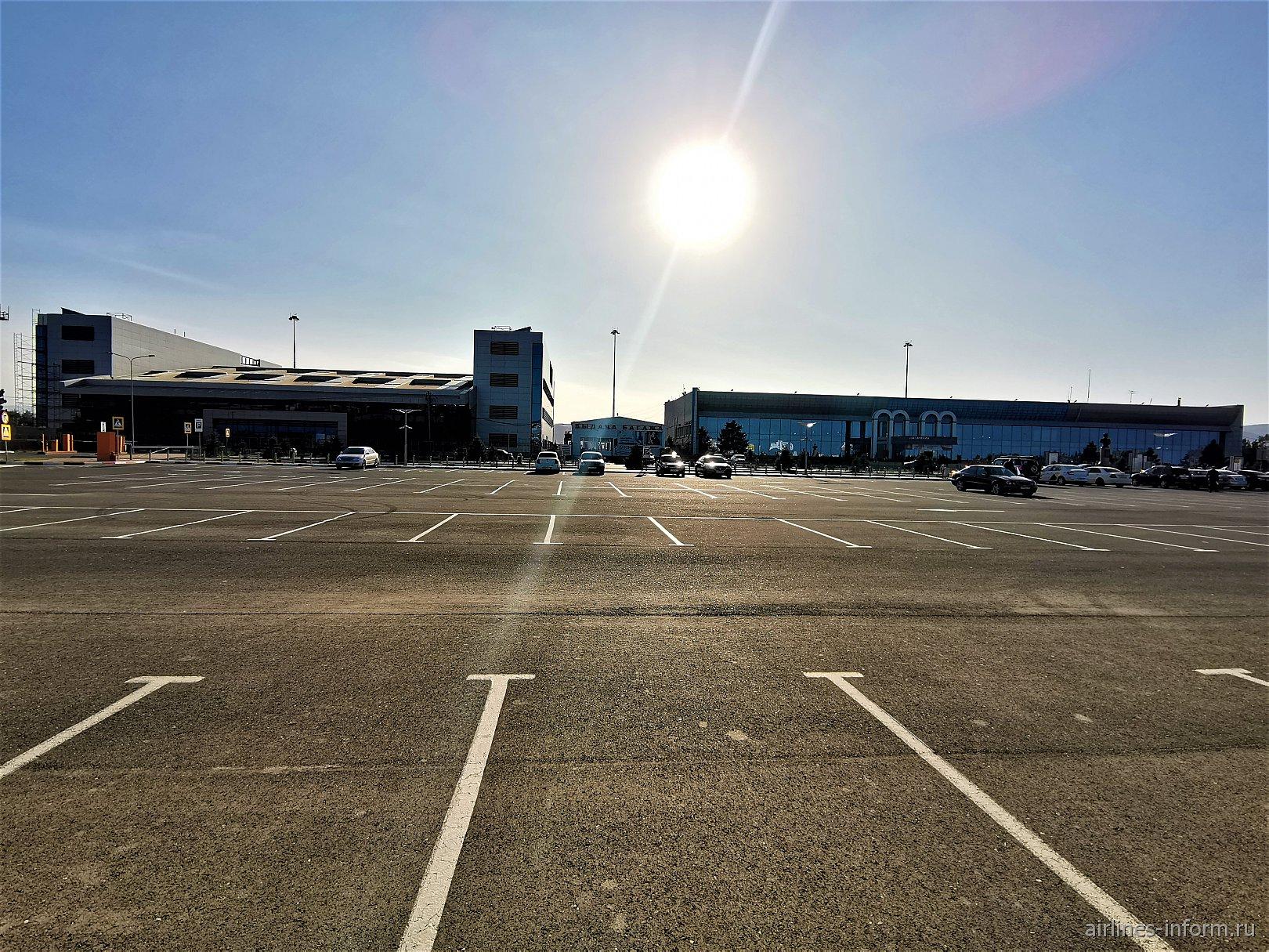 Аэровокзальный комплекс аэропорта Махачкала Уйташ