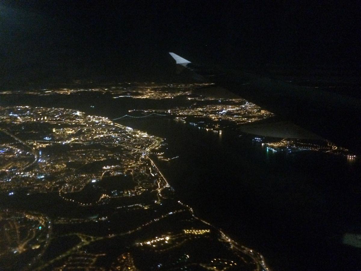 Вид на Лиссабон из самолета
