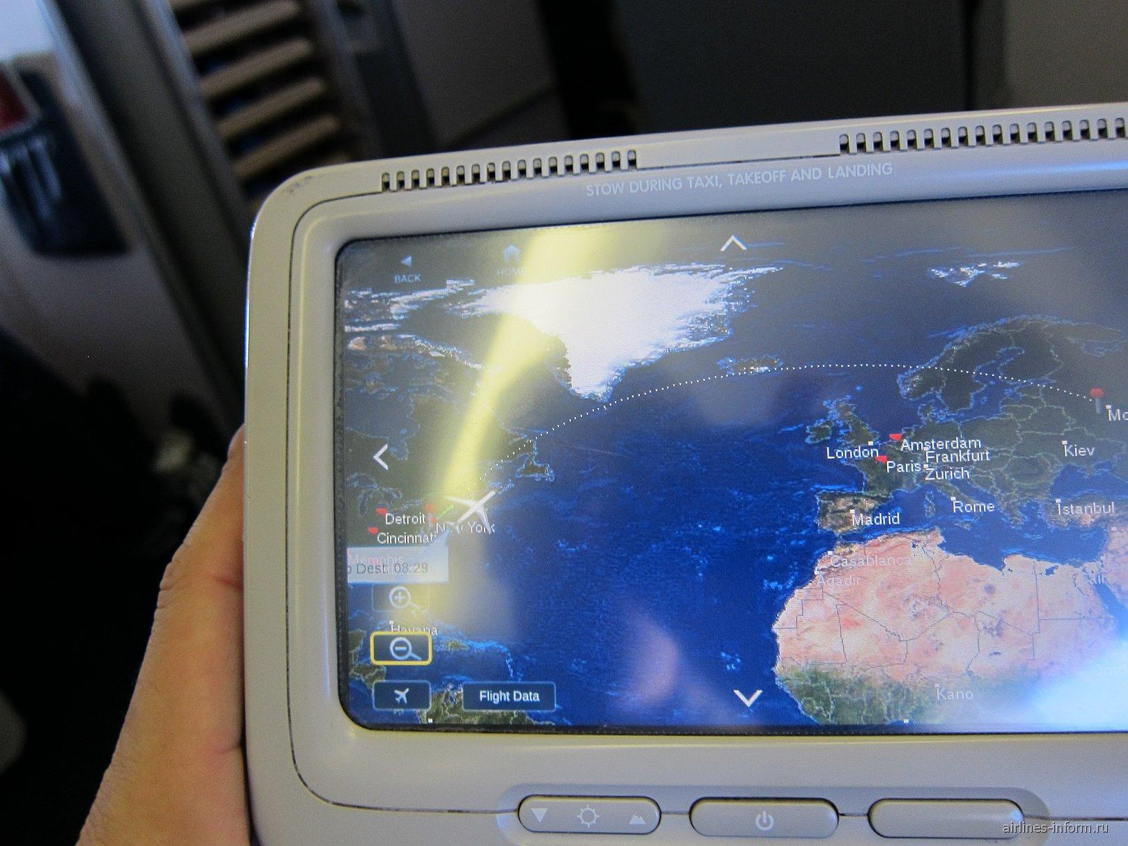 Система развлечений в самолета Боинг-767-400 авиакомпании Дельта