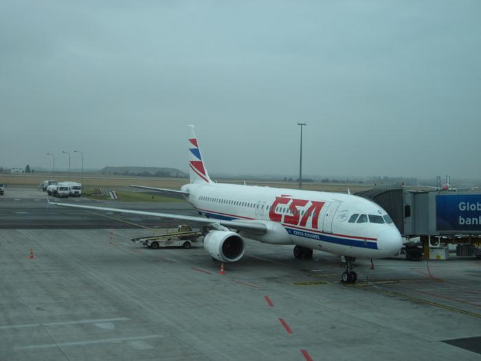 Airbus A320 OK-LEG Чешских авиалиний в аэропорту Рузине