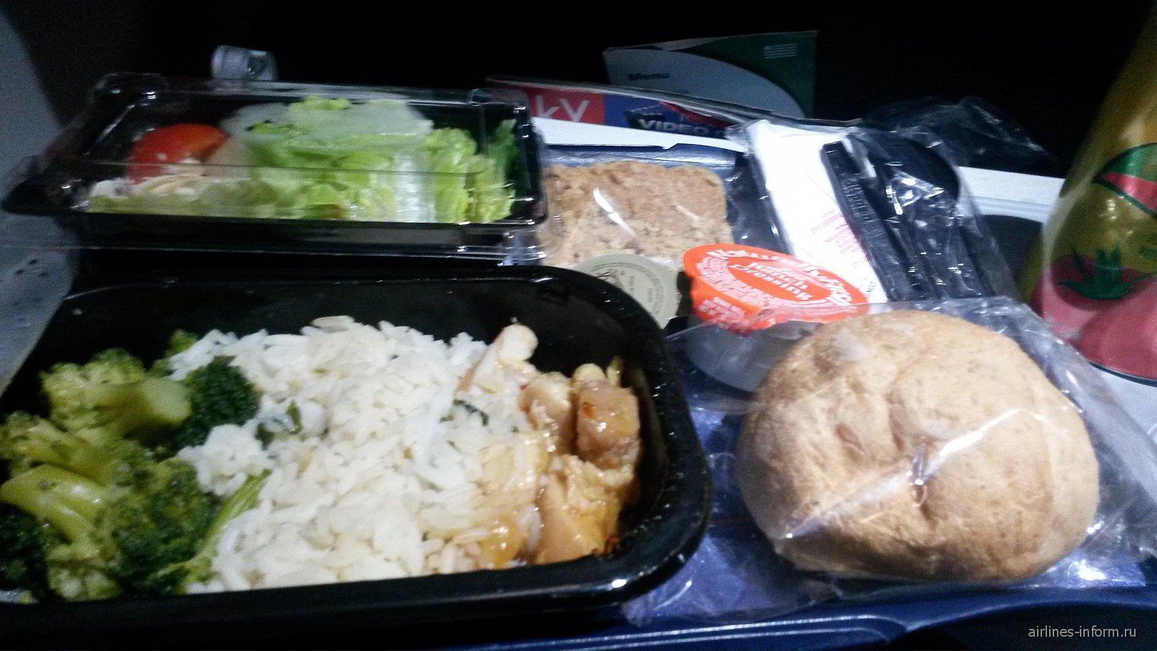Питание на рейсе US Airways Филадельфия-Лондон