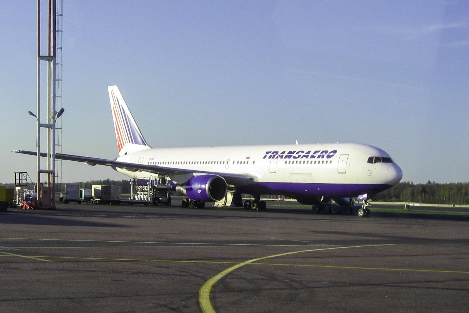 Boeing 767-300 EI-UNF авиакомпании Трансаэро
