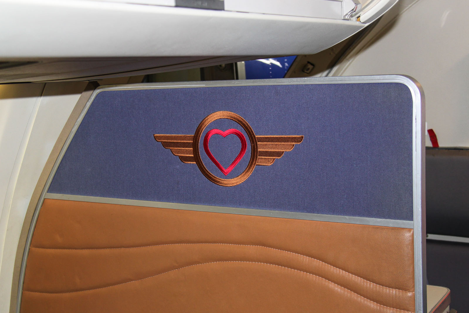 "Значок ""Love"" в самолете авиакомпании Southwest Airlines"