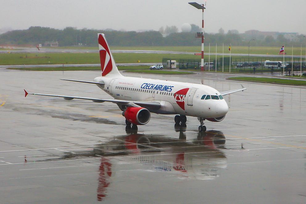 Airbus A319 авиакомпании CSA в аэропорту Бухареста