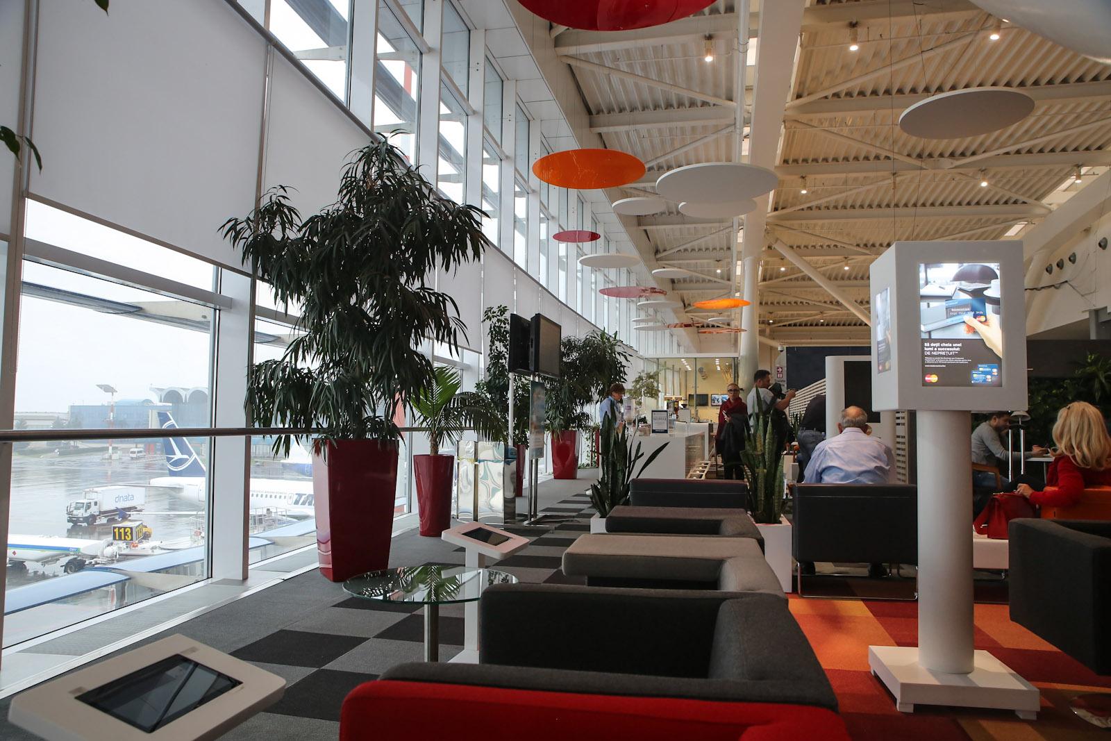 Бизнес-зал MasterCard в аэропорту Бухарест Генри Коандэ