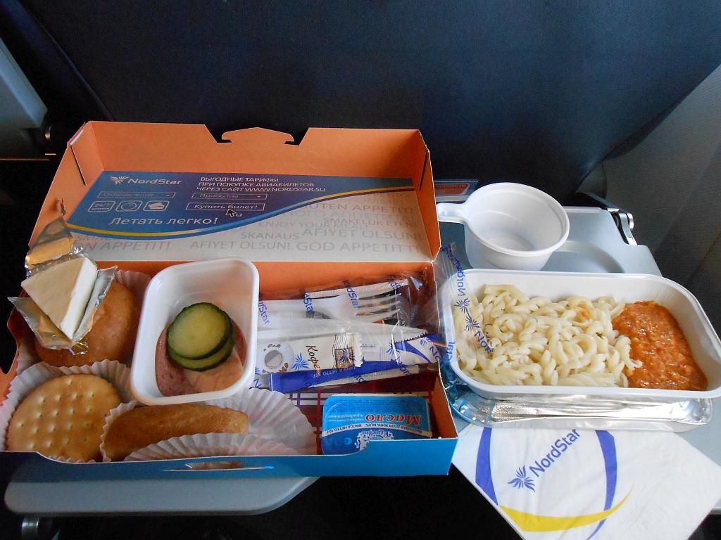 Бортовое питание на рейсе Красноярск-Москва авиакомпании NordStar
