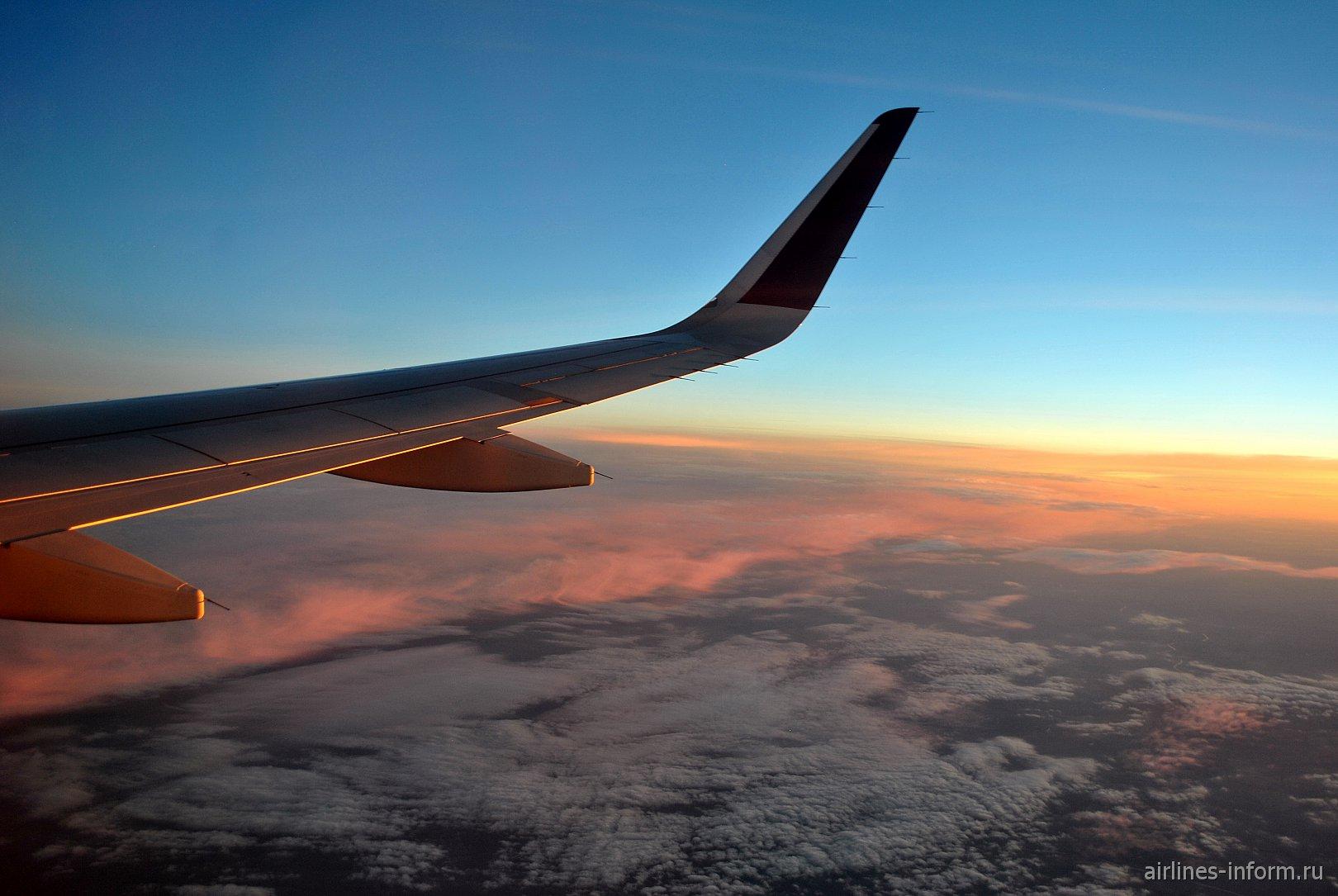 В Город Будущего на Самолёте Будущего с Qatar Airways. Часть 1. DME-DOH на Airbus А320 Sharklets.