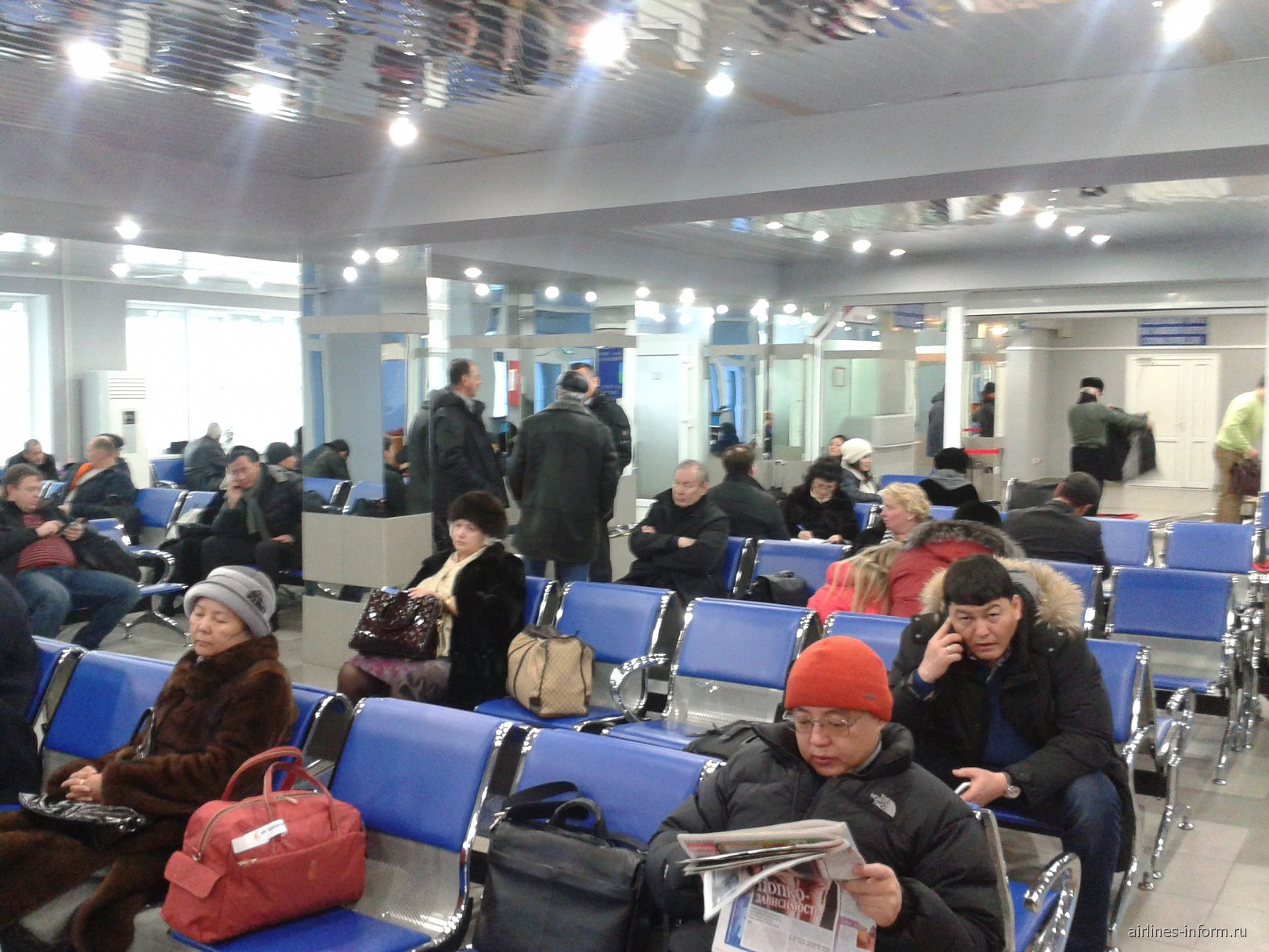 Зал ожидания в аэропорту Павлодар