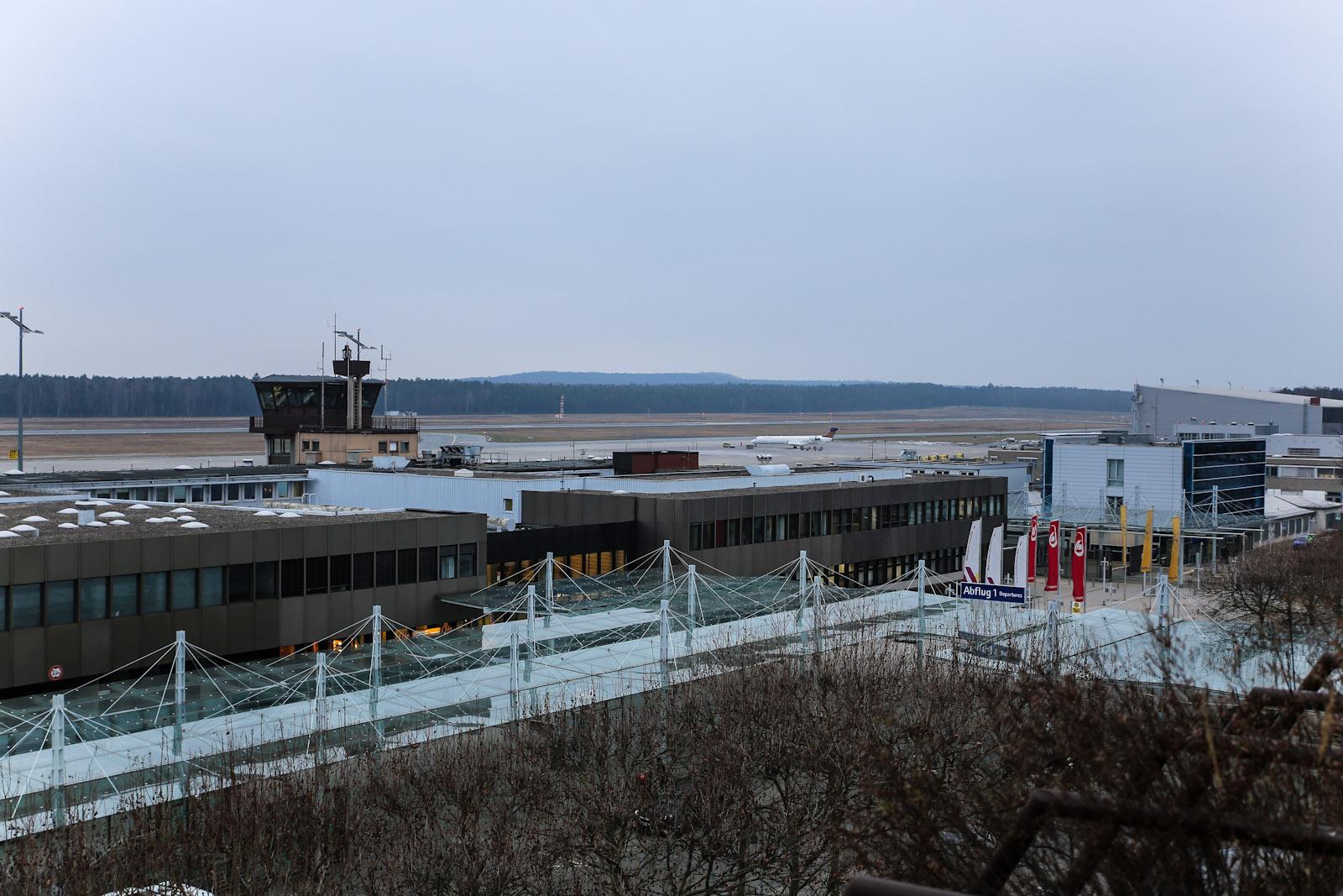 Правое крыло аэровокзала аэропорта Нюрнберг