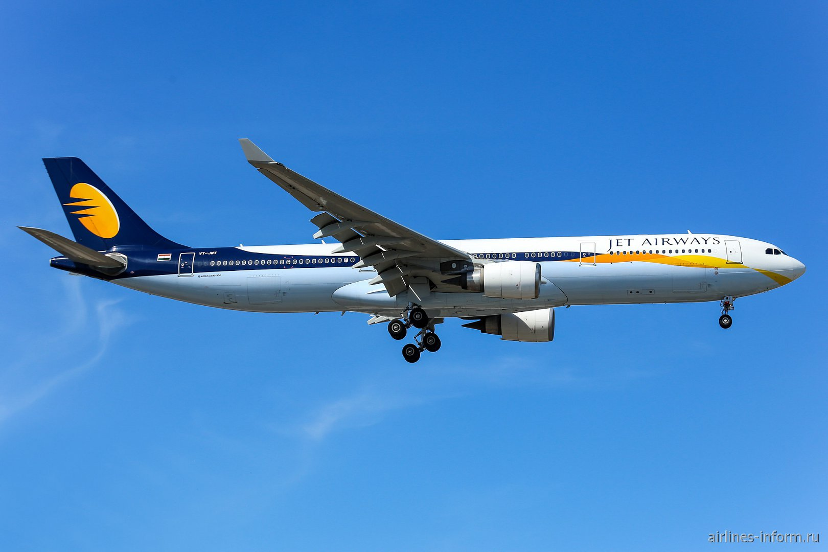 Фото Airbus A330-300 индийской авиакомпании Jet Airways