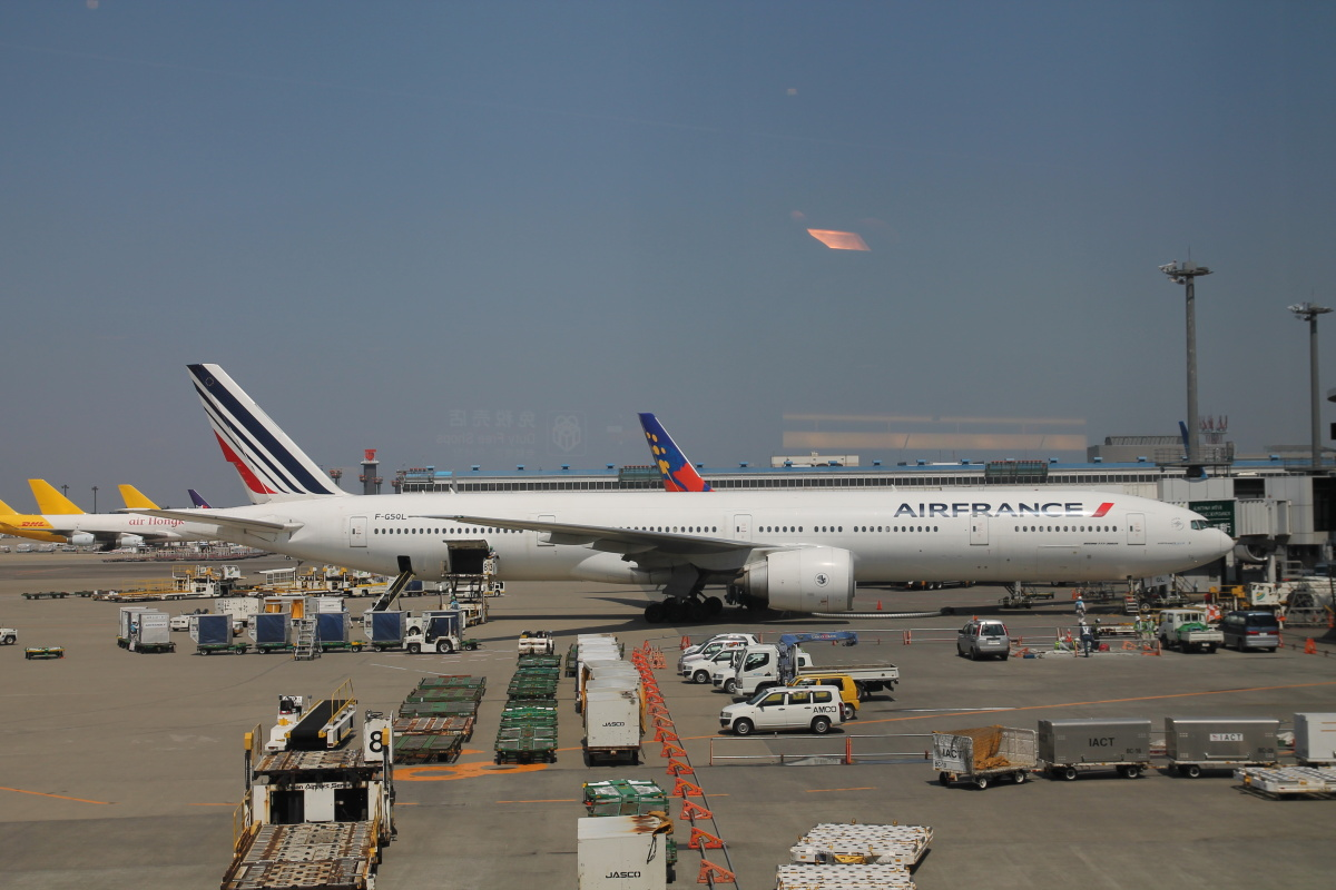 Боинг-777-300 Air France в аэропорту Токио Нарита