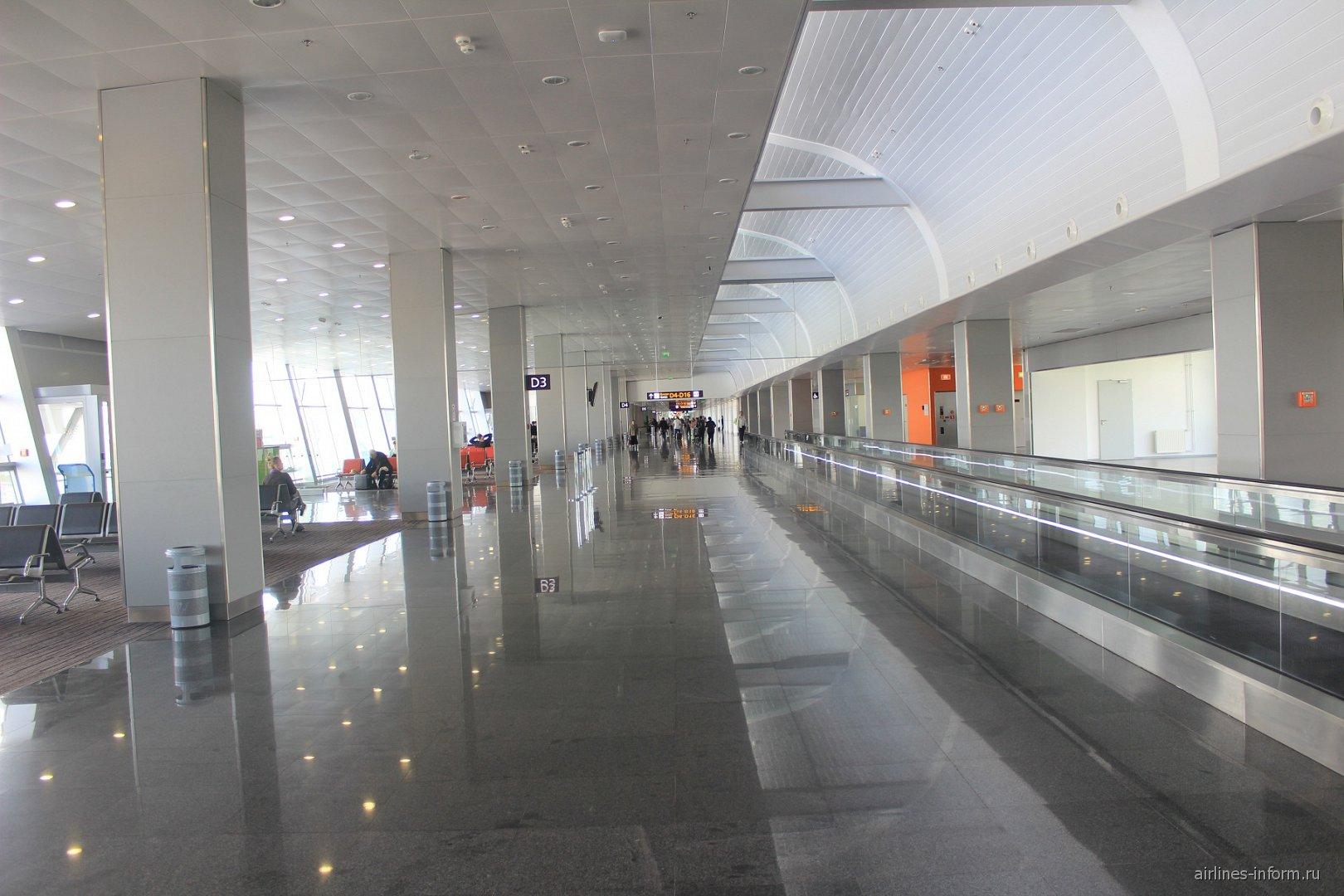 В чистой зоне Терминала D аэропорта Борисполь