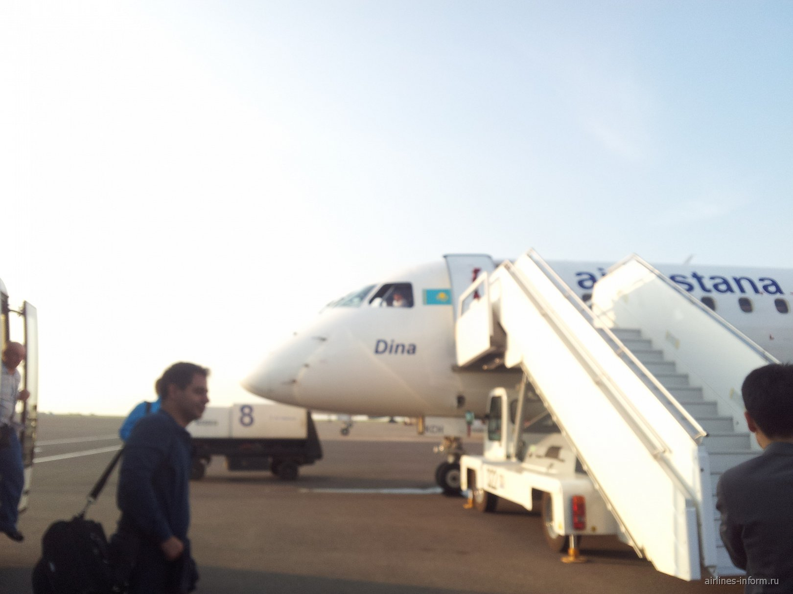 Посадка на рейс Астана-Павлодар авиакомпании Air Astana