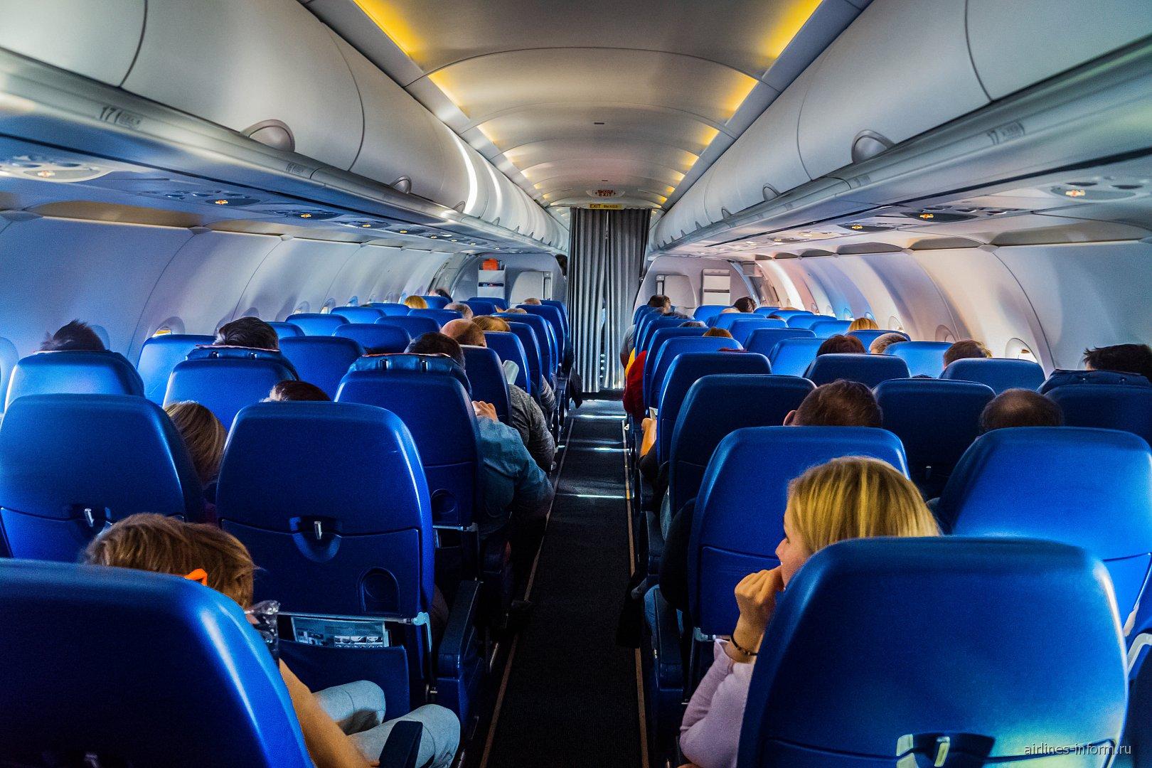 Салон самолета Airbus A321 авиакомпании Аэрофлот