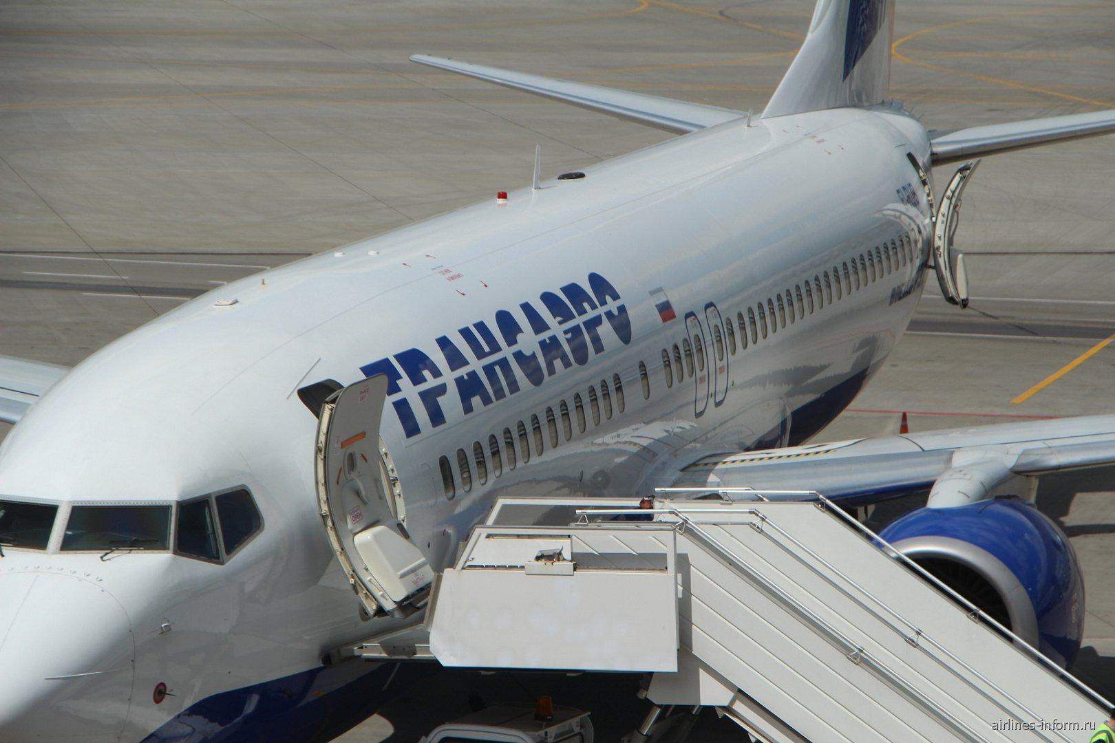 Боинг-737-800 Трансаэро в аэропорту Внуково