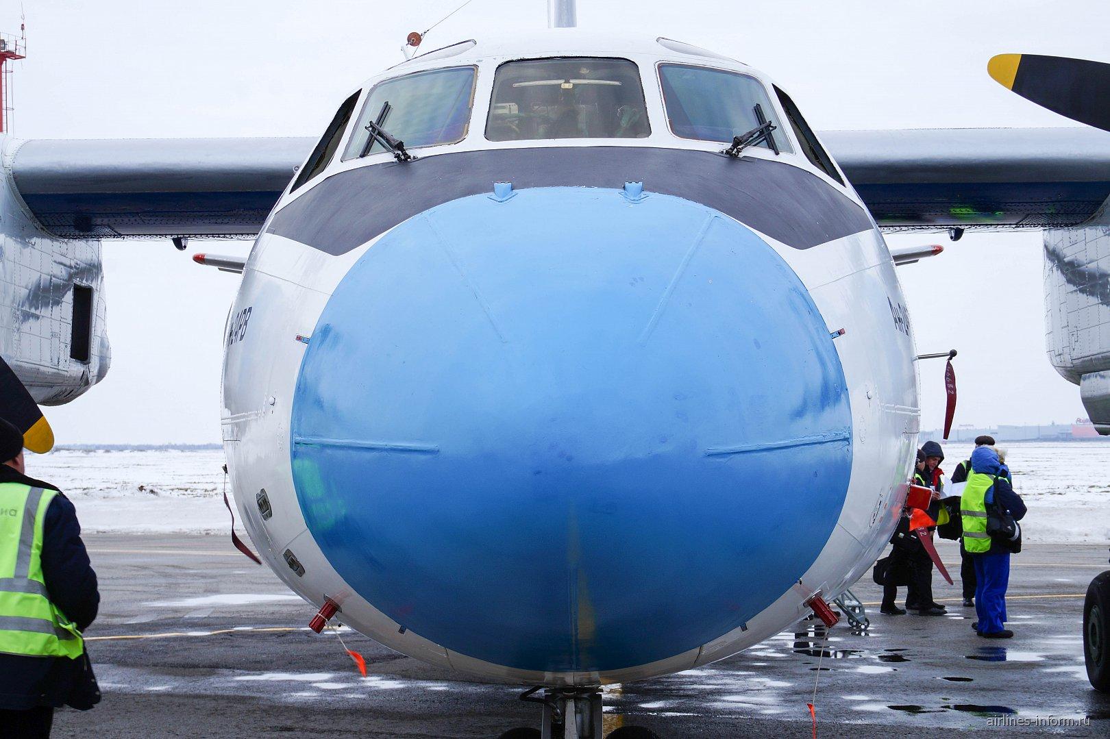 Самолет Ан-24 RA-46682 авиакомпании