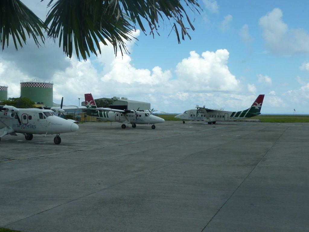 В аэропорту Маэ