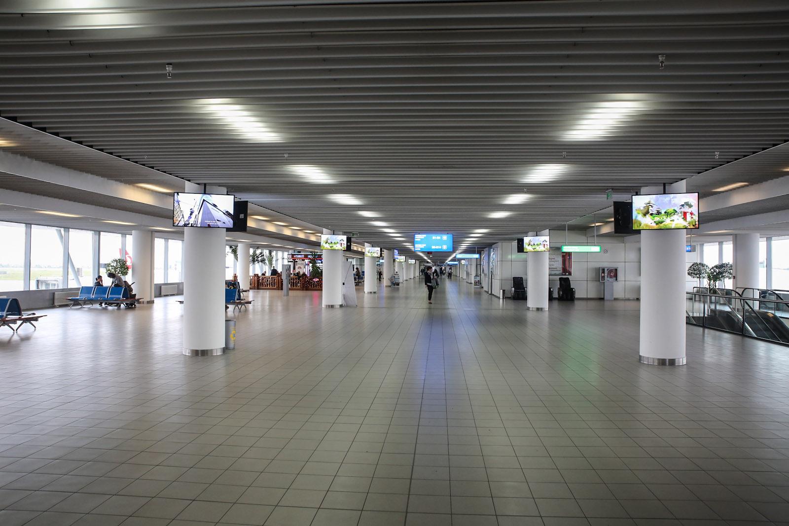 Чистая зона в терминале 2 аэропорта София