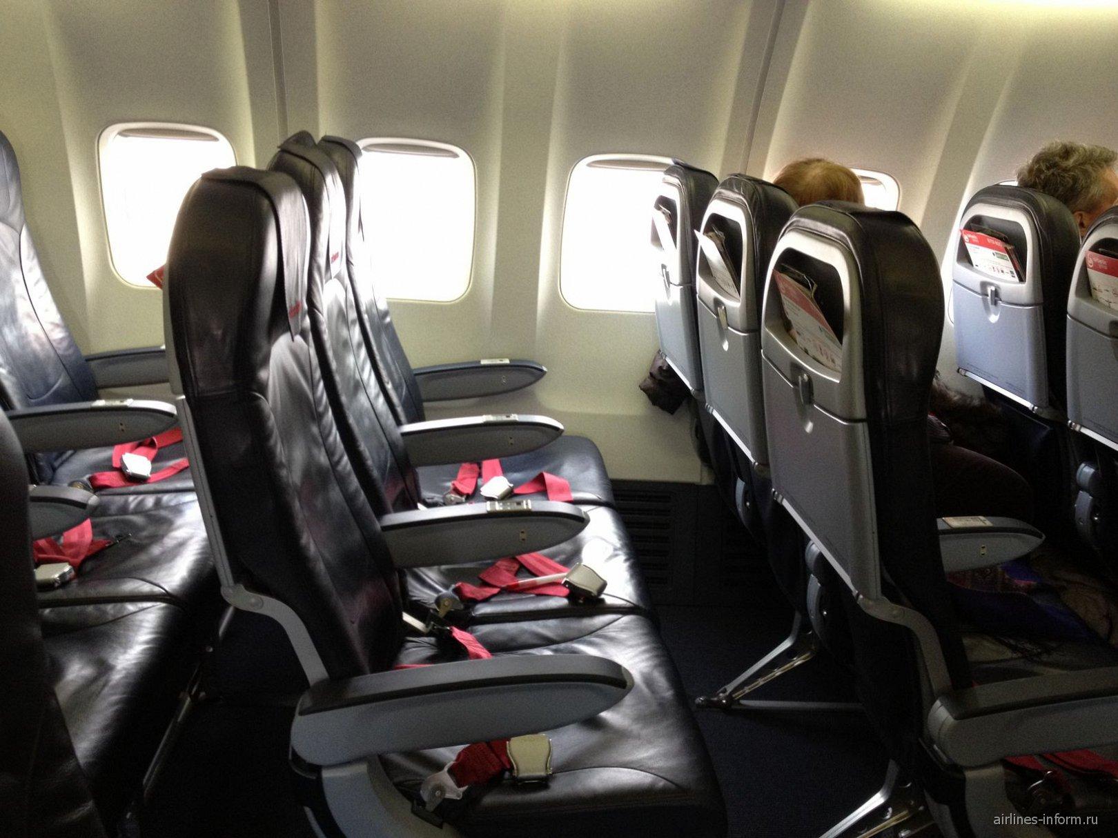 Кресла в самолете Боинг-737-800 авиакомпании airberlin