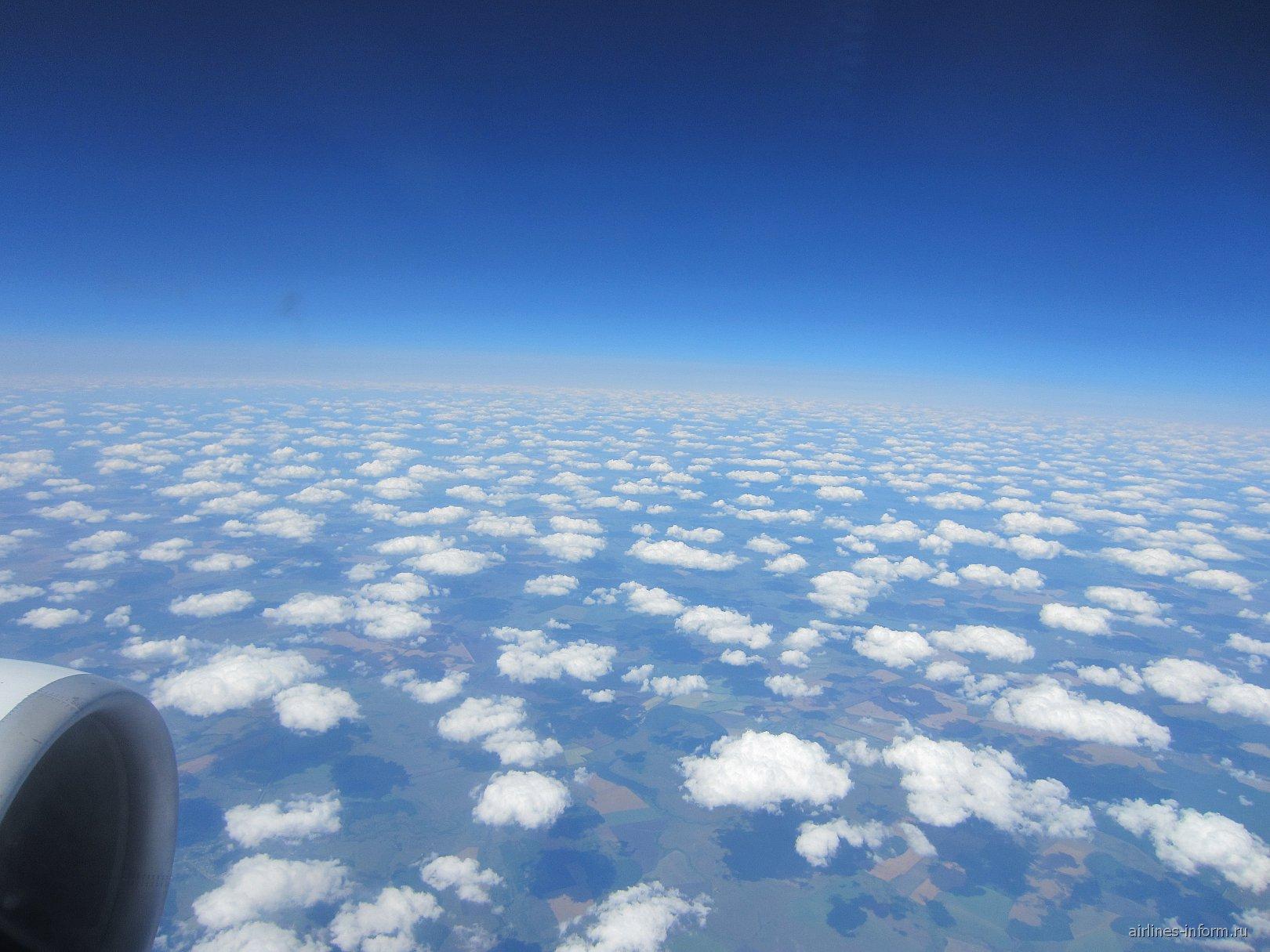 Облака над центральной частью России