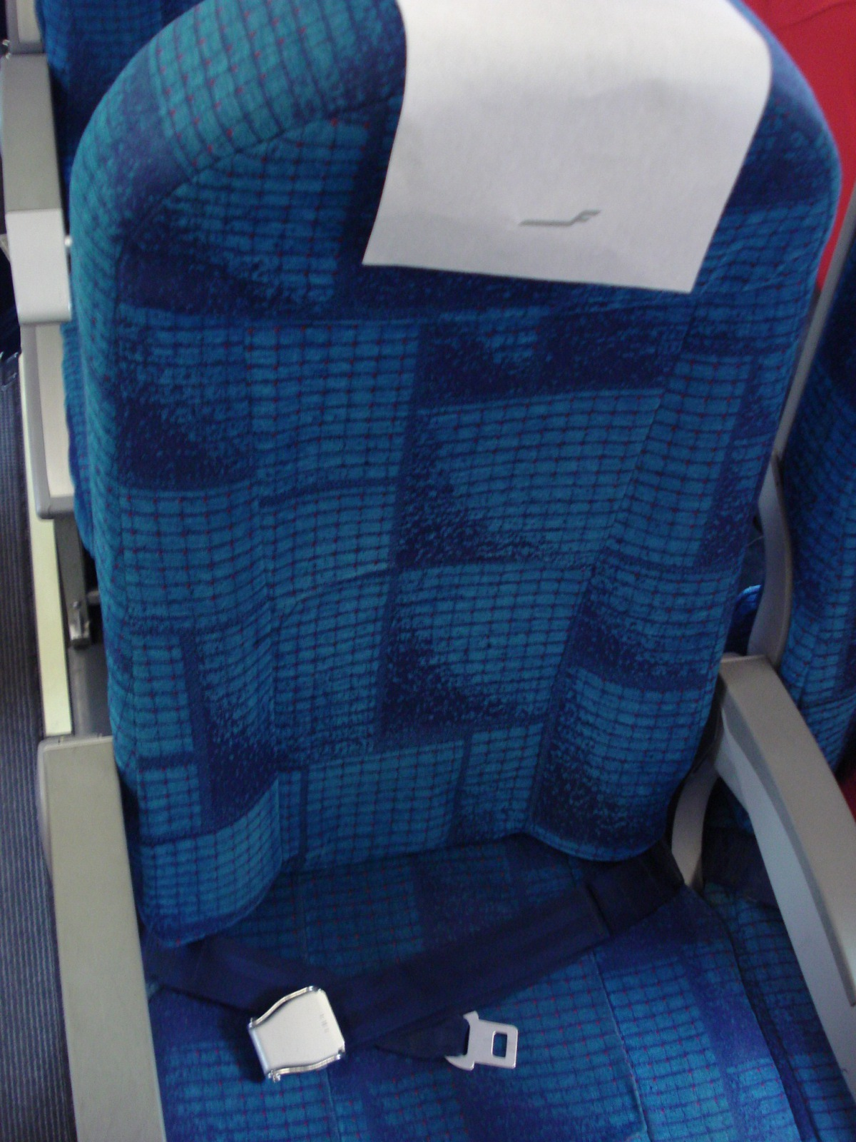 Passenger cabin of an Embraer 190 of Finnair