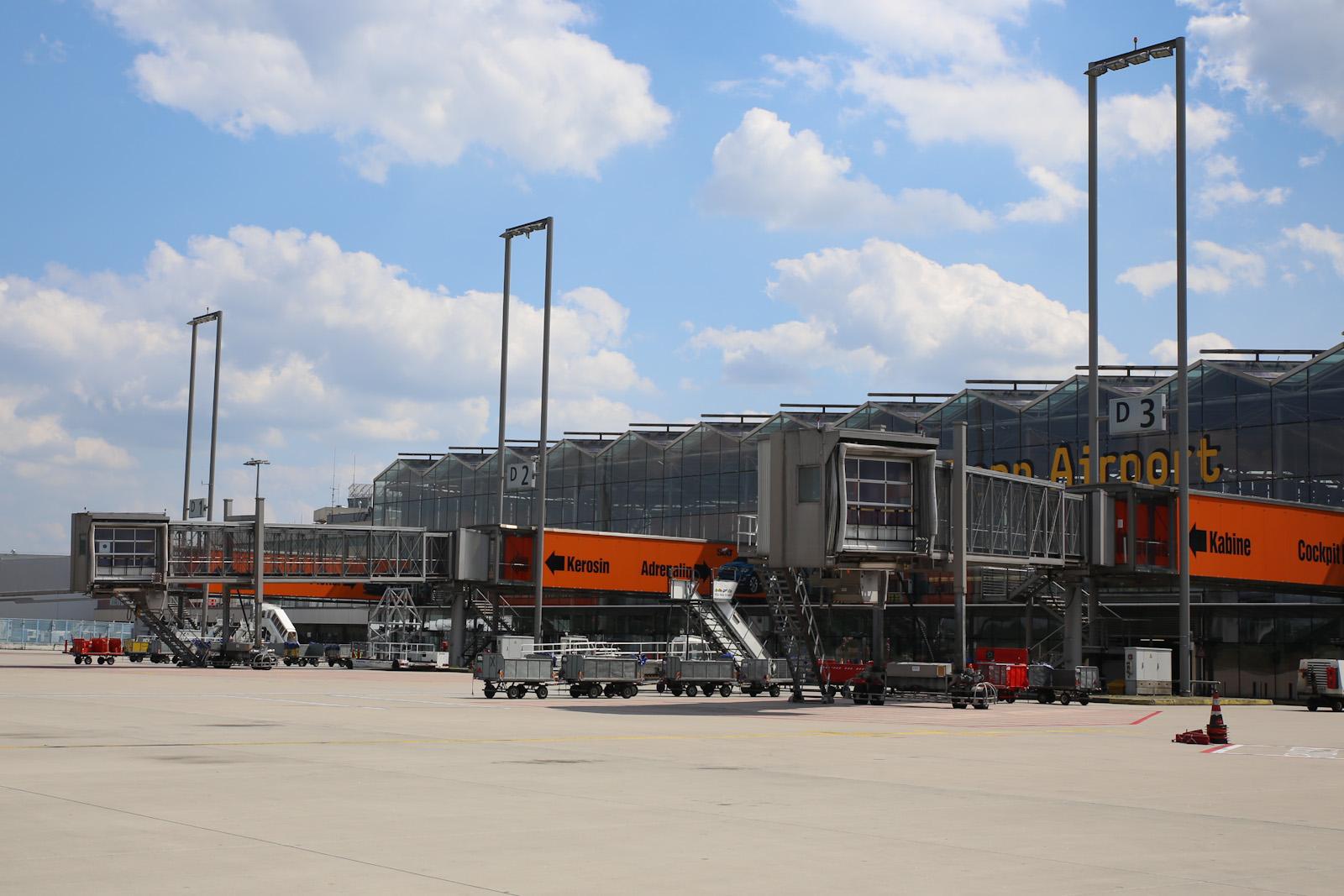 Телетрапы терминала 2 аэропорта Кёльн/Бонн