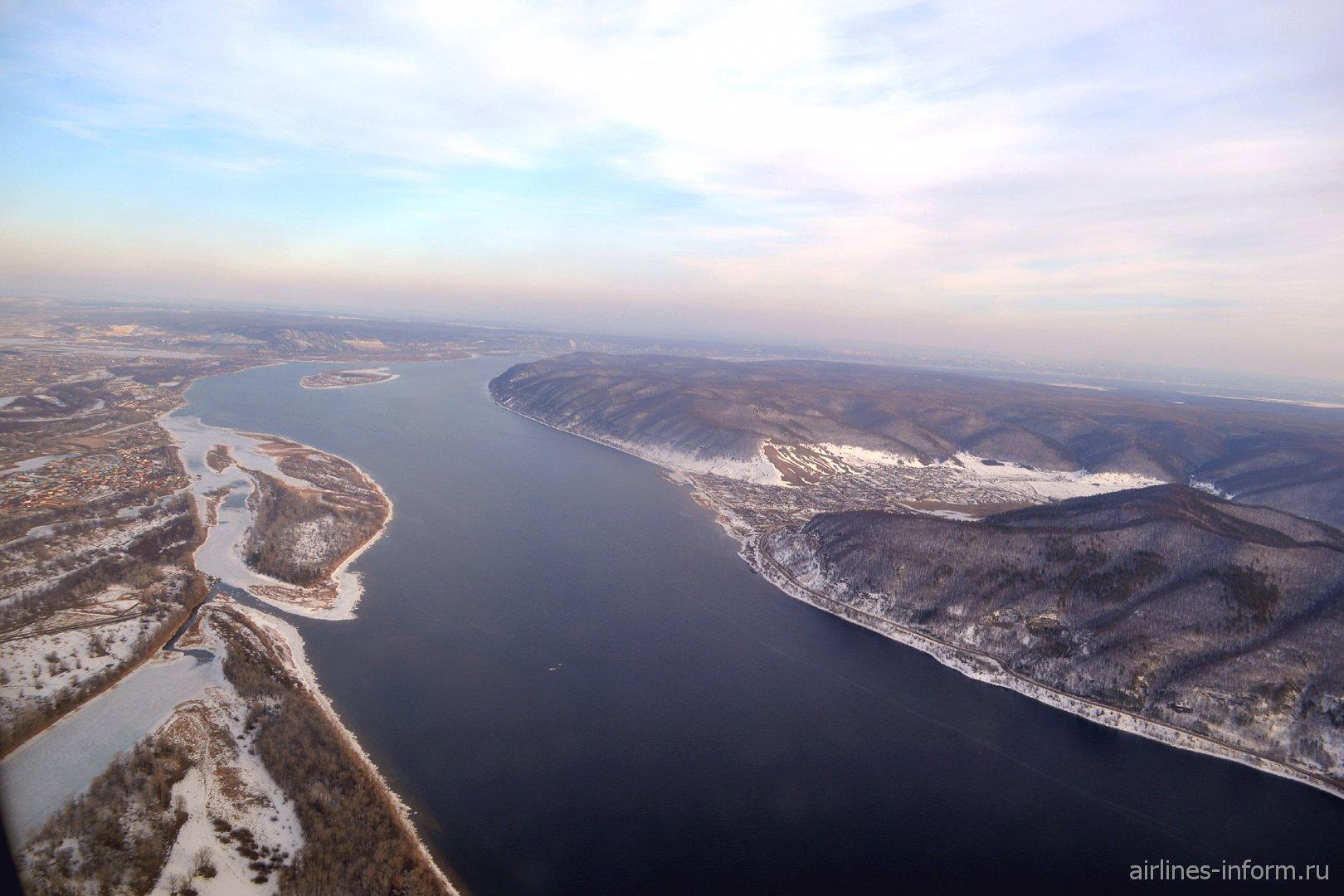 Село Ширяево и река Волга