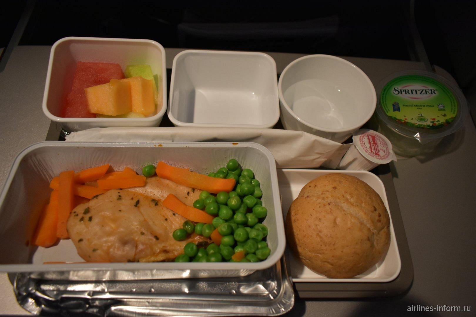 Спецпитание с пониженным содержанием холестерина на рейсе Cathay Pacific