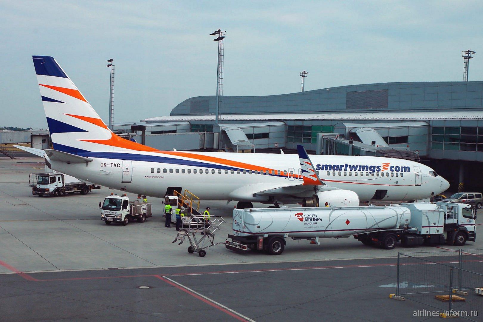 Авиалайнер Боинг-737-800 OK-TVG авиакомпании Smartwings в аэропорту Праги