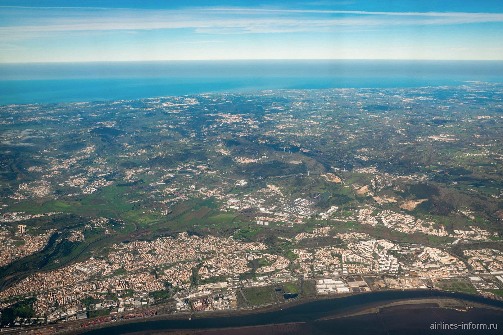 Заповедник устья реки Тежу (Тахо) и городок Алберка-ду-Рибатежу