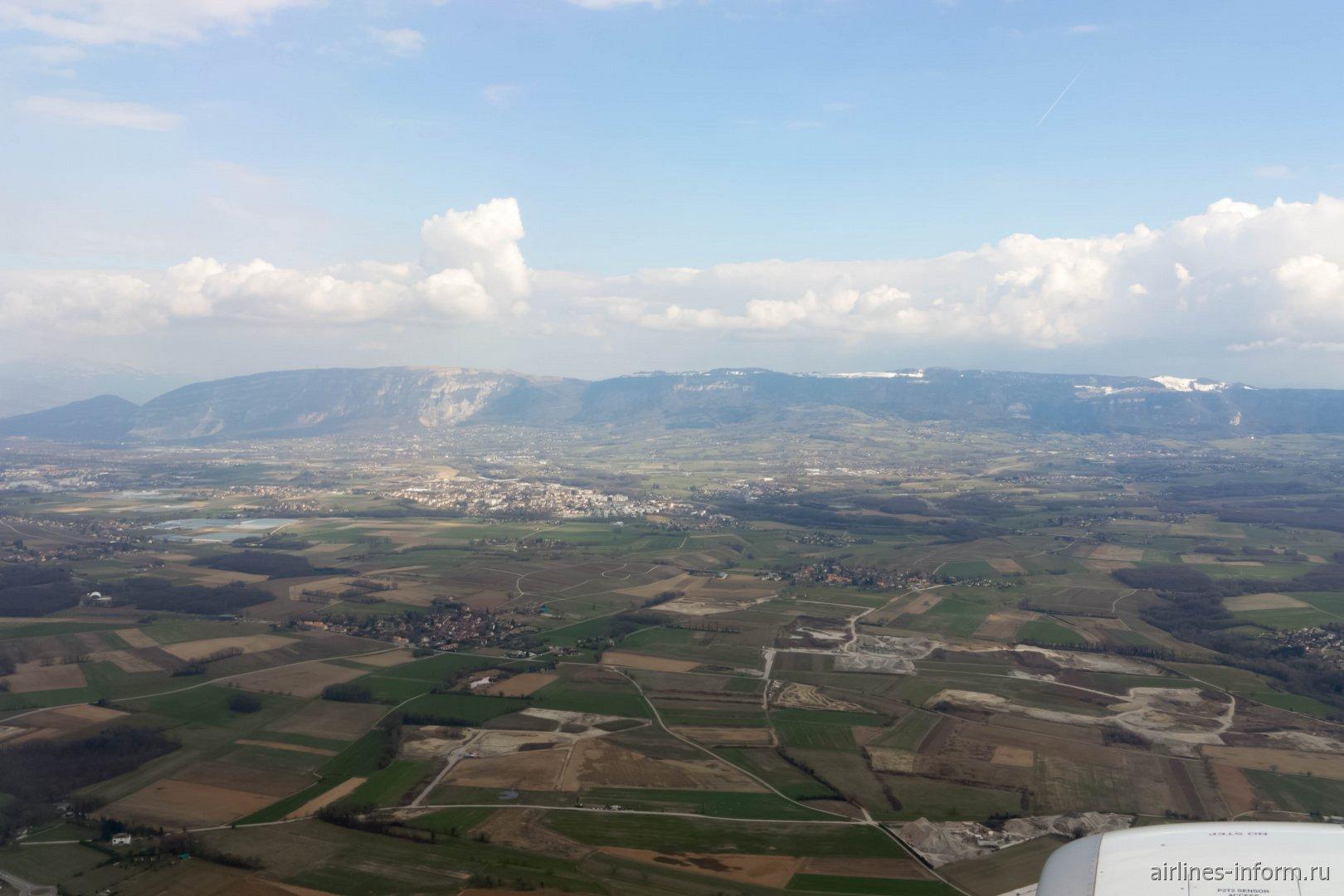 Долина в Швейцарии вблизи Женевы