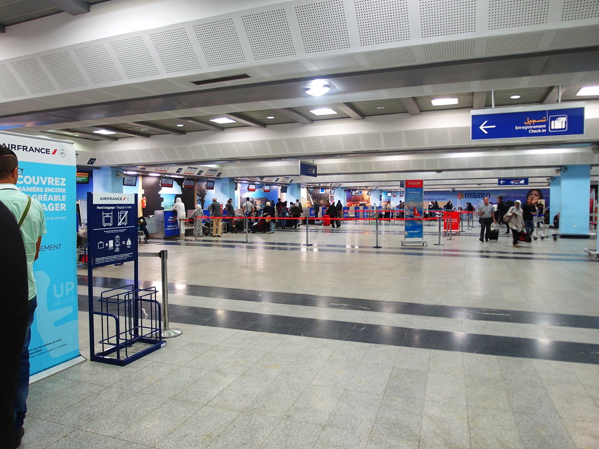 Зона регистрации в аэропорту Касабланка Мухаммед Пятый