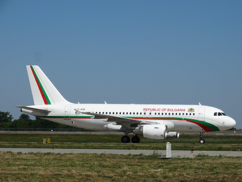 Airbus A319 LZ-AOB Правительства Болгарии в аэропорту Борисполь