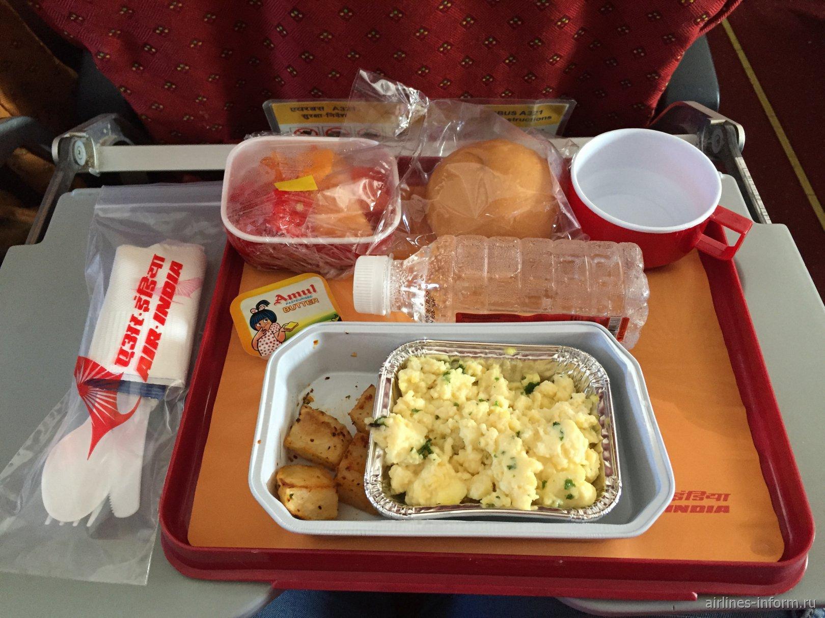 Невеганский завтра на рейсе Air India Коломбо-Дели