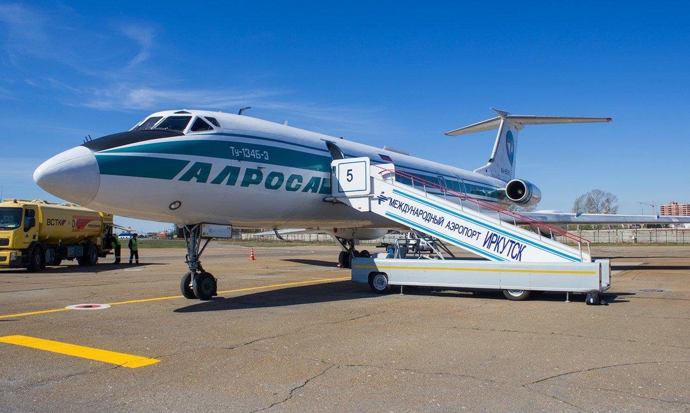 Самолет Ту-134 авиакомпании