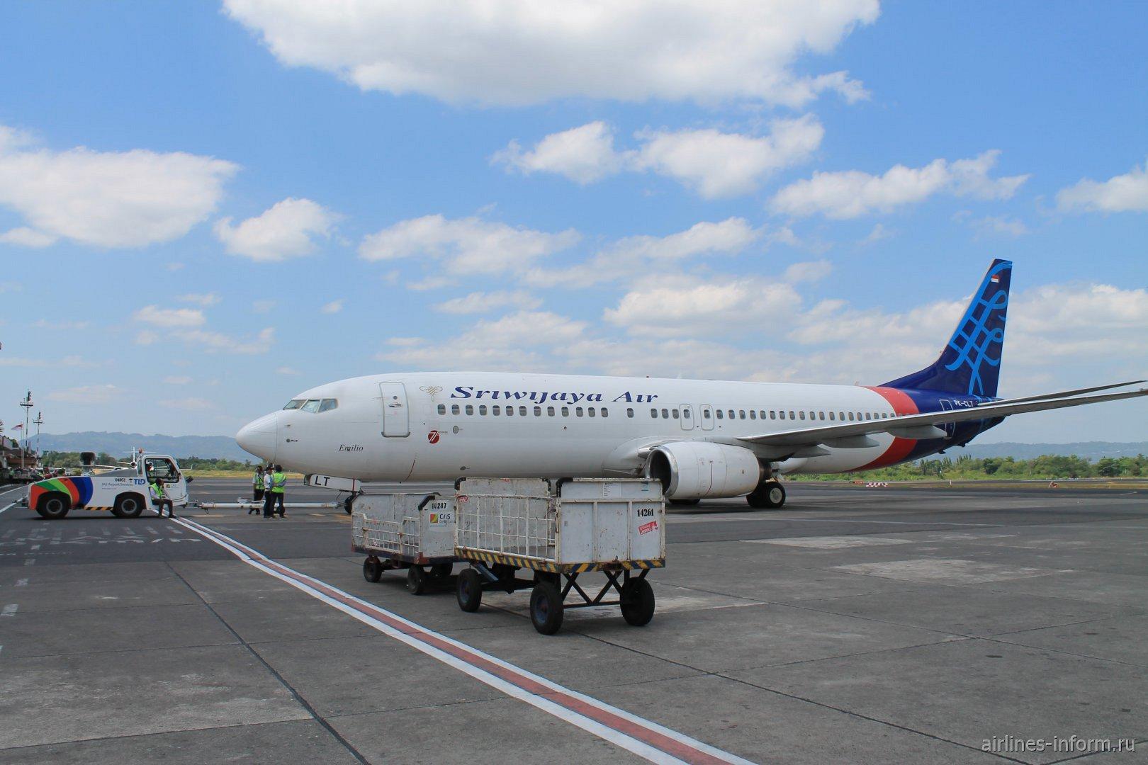 Боинг-737-800 авиакомпании Sriwijaya Airlines в аэропорту Джокьякарта
