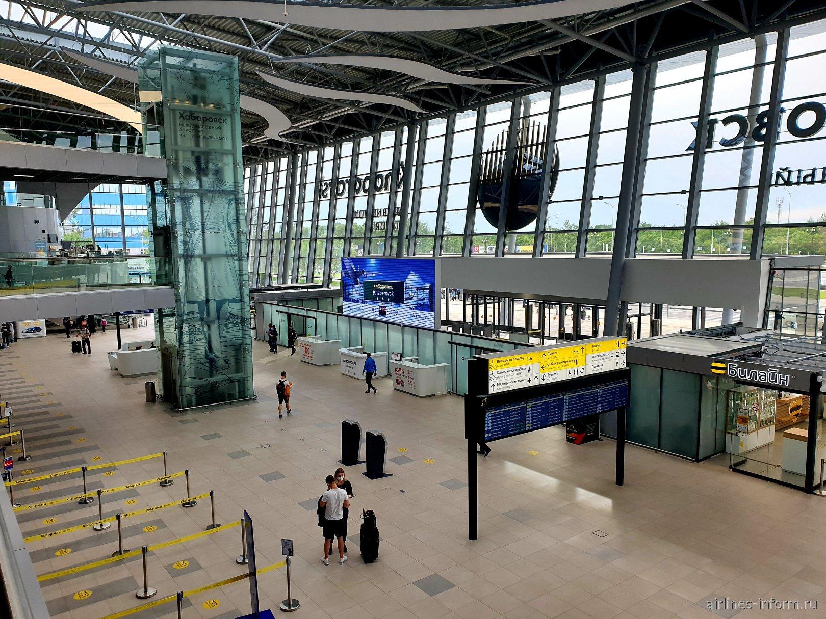 Панорамная картина нового терминала аэропорта Хабаровска