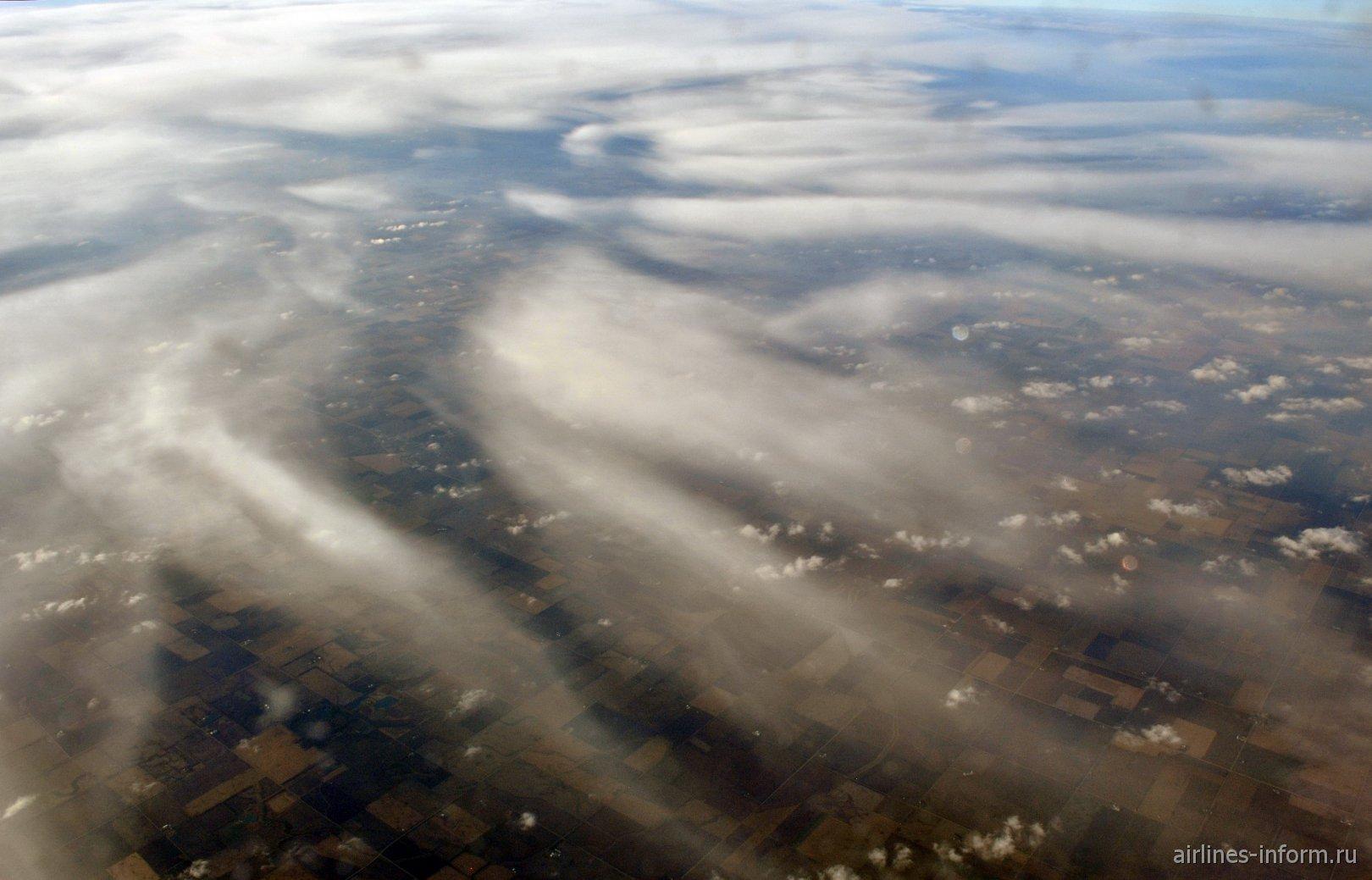 Облака над США