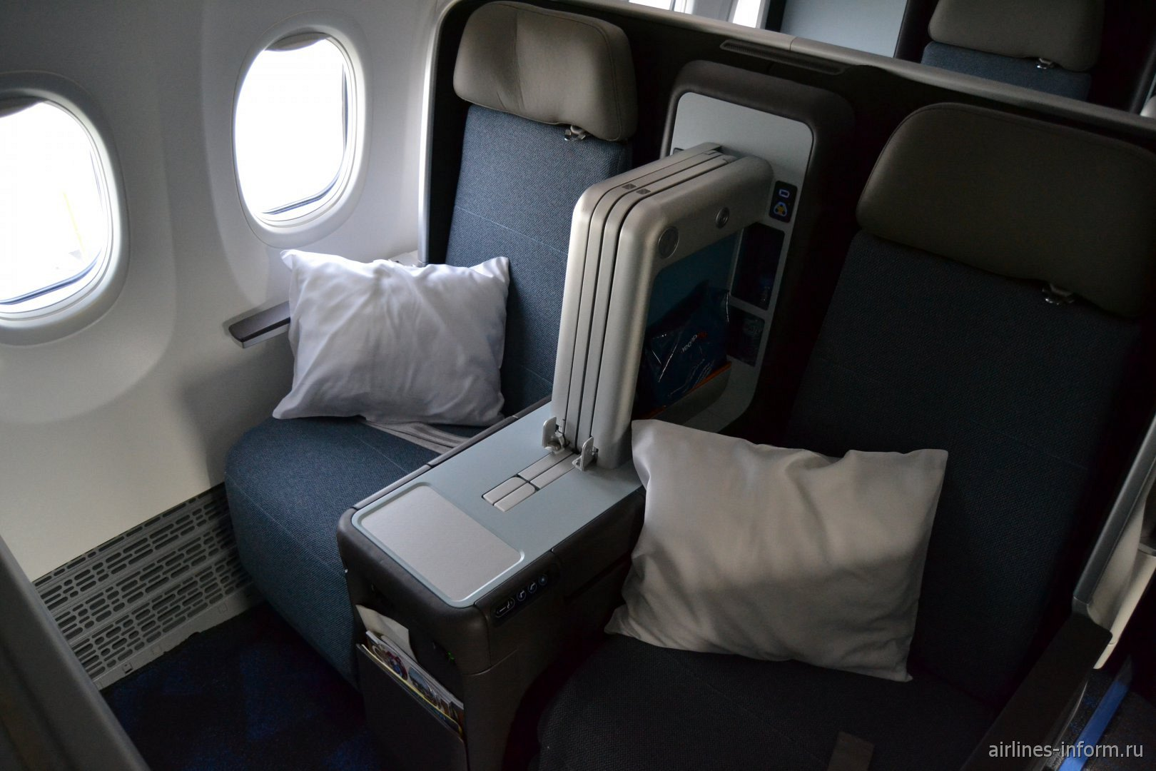 Бизнес-класс в Боинге 737 MAX 8 авиакомпании Flydubai